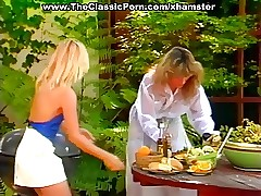 Nikki Charm porno vids - 70s porn teen