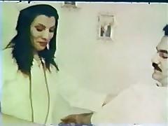 Hemşire xxx tüpü - 90s retro porno