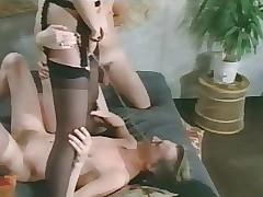 Pissing xxx tube - free vintage porn